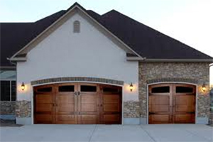 garage door Clear Lake
